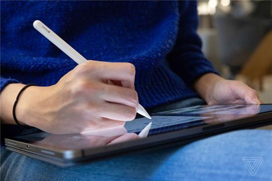 外媒评新款iPad Pro:性能和功能大大提高